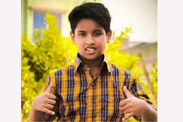 শিশু শিল্পী আ্পনের প্রথম প্লেব্যাক 'চাচু বাঁশি বাজাও'