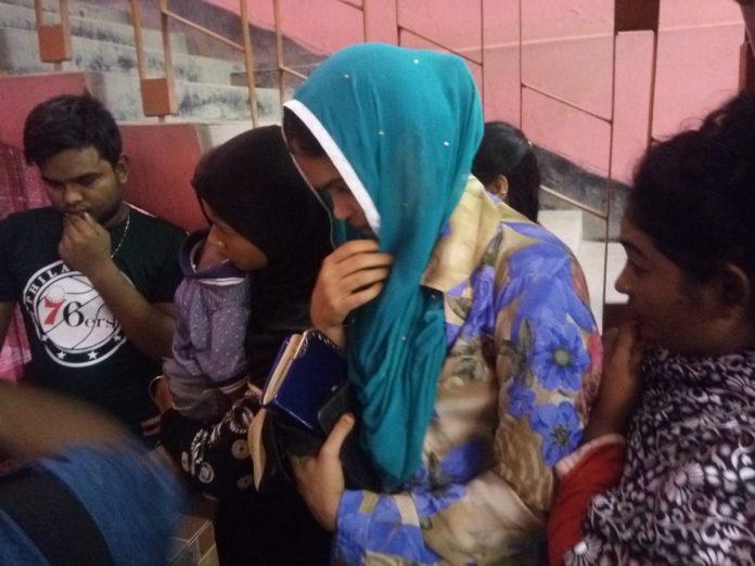 ফরিদপুরে হোটেল থেকে অসামাজিক কাজে লিপ্ত ১০ নারী-পুরুষ আটক