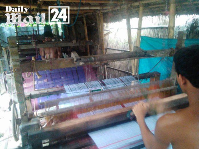 দিনাজপুরে নানা কারনে ঘুড়ে দাড়াতে পারছে না ঐতিহ্যবাহী তাঁত শিল্প1