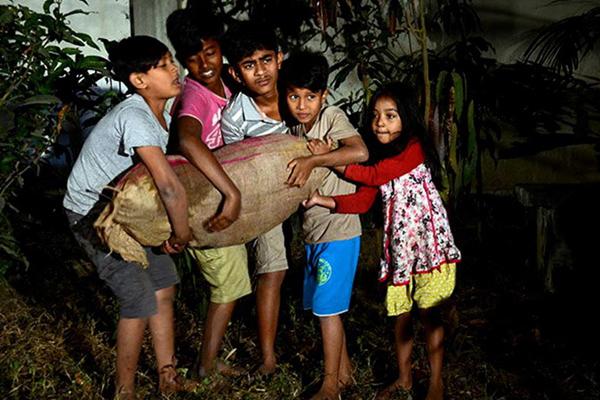 শিশুতোষ চলচ্চিত্র 'জল শ্যাওলা'ছাড়পত্র পেলোবিনা কর্তনে