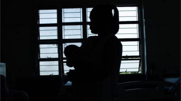 একটি কনডমব্যবহারেসম্ভবনতুন মায়ের মৃত্যু ঠেকানো