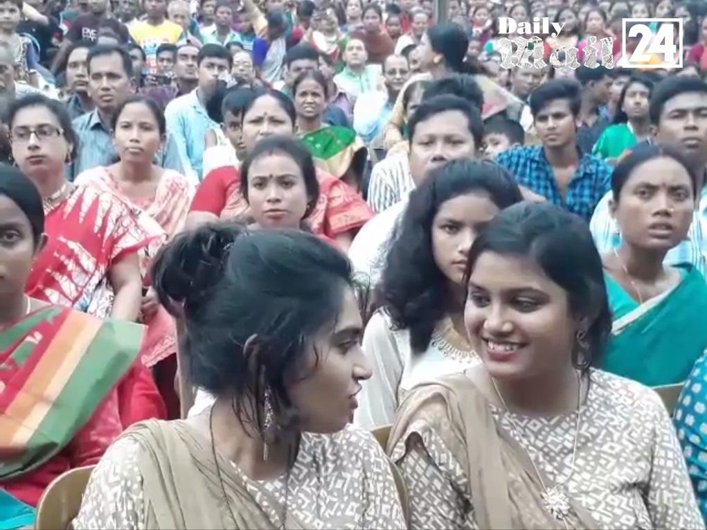 দিনাজপুরে শারদীয় দুর্গোৎসবের মহা অষ্টমী ও কুমারী পূজা