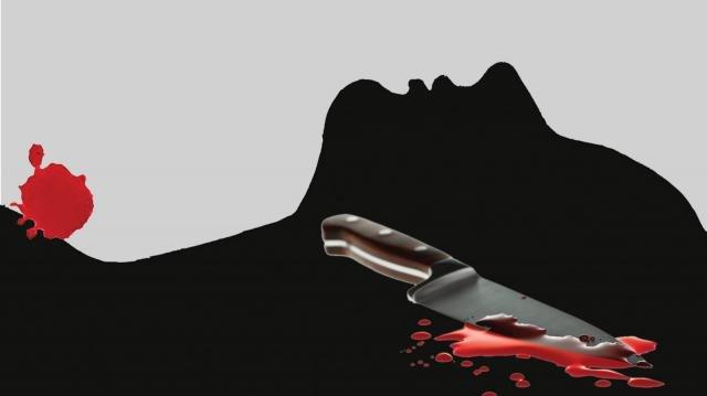পাওনা টাকা চাওয়ার জের ধরে প্রকাশ্যে তিনজনকে কুপিয়ে জখম
