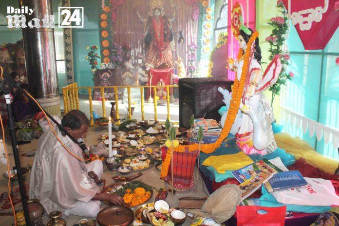 বান্দরবানে নানা আয়োজনে বিদ্যার দেবী সরস্বতী পূজা অনুষ্টিত