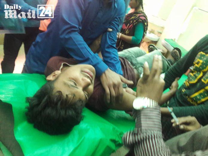 ফরিদপুরে সড়ক দুর্ঘটনায় ৫ এসএসসি পরীক্ষার্থী আহত