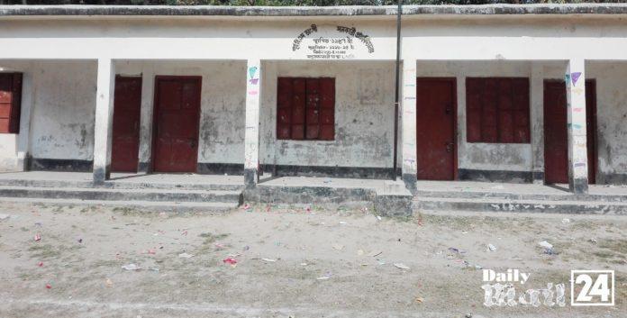 শহিদ মিনারহীন চরভদ্রাসনের ৫৩ টি প্রাথমিক বিদ্যালয়