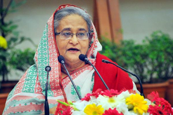'এরশাদ-খালেদাবাংলাদেশের কোনো উন্নতি করতে পারেন নাই'