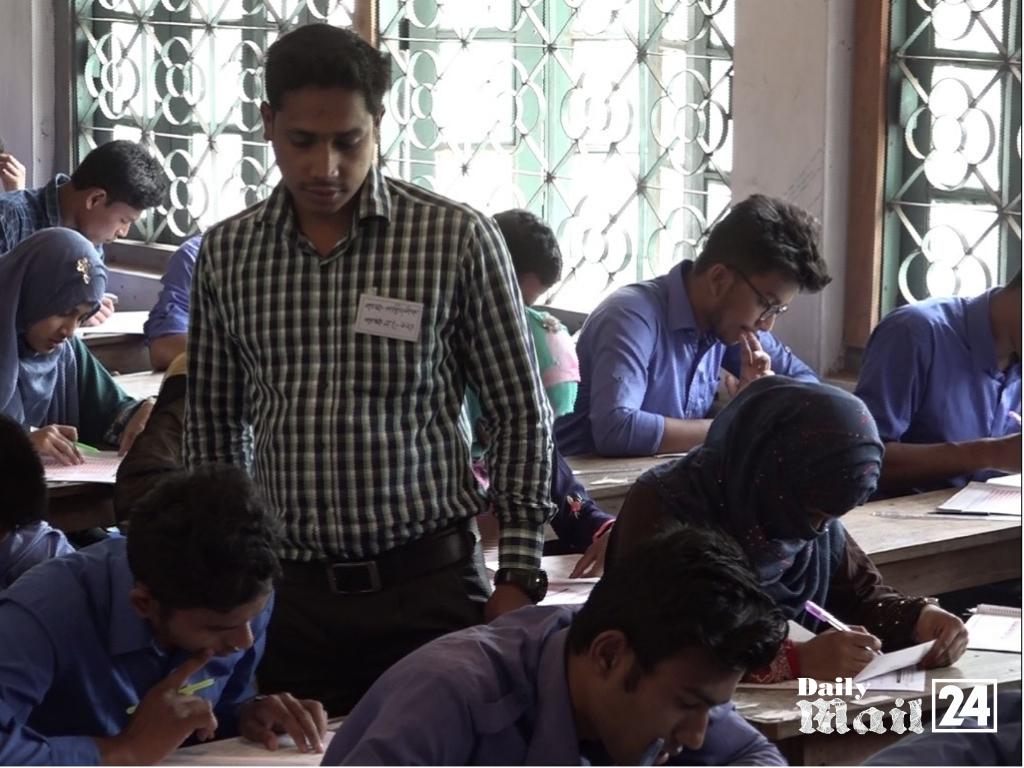 দিনাজপুর শিক্ষা বোর্ডে এইচএসসি পরীক্ষা শুরু