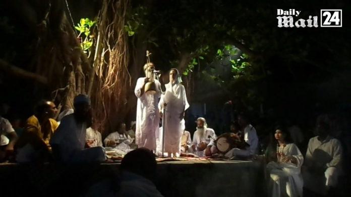 সিরাজদিখানে লালনসাঁই বটতলায় সাধুসঙ্গ
