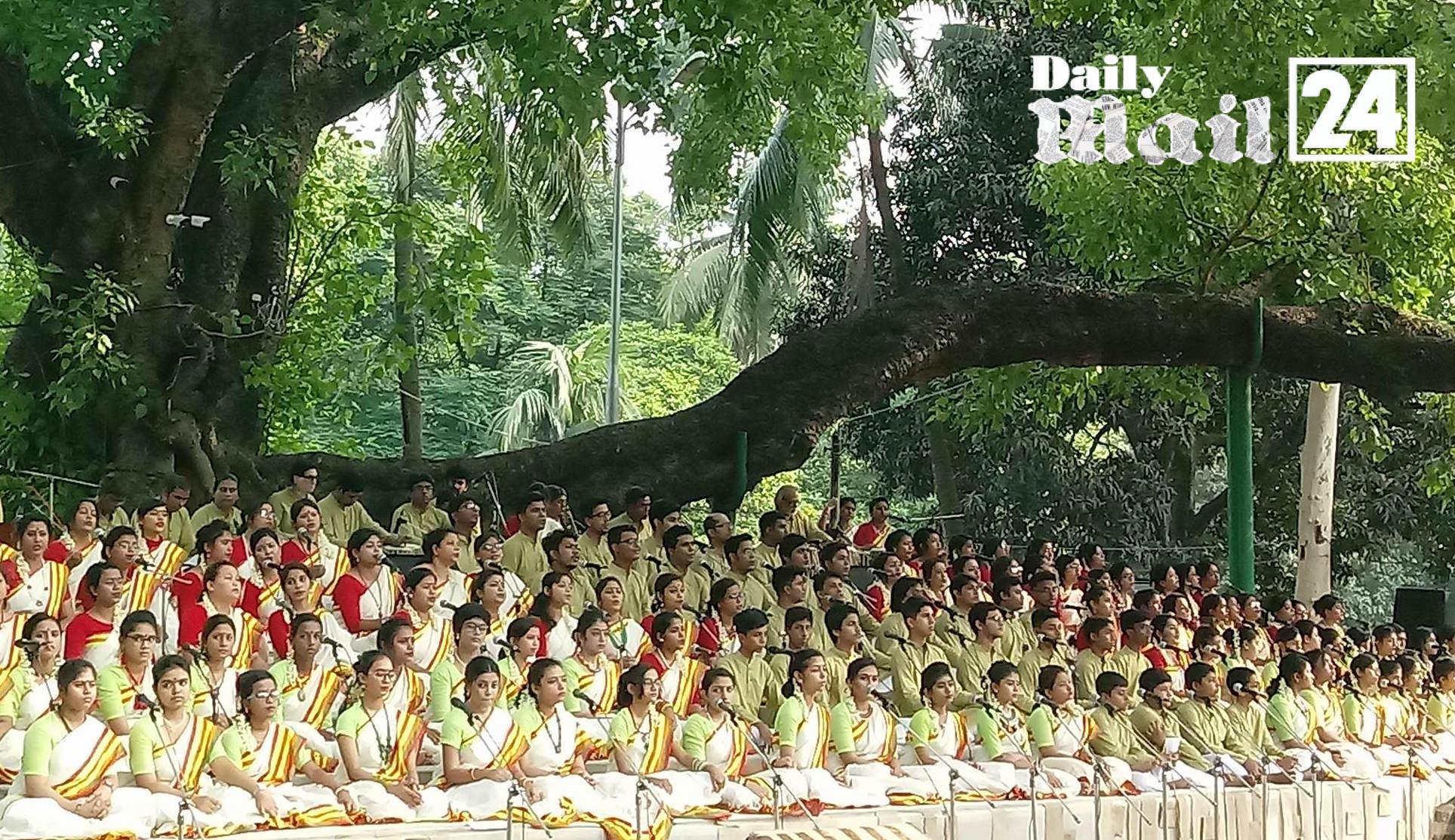 সুর-তাল-ছন্দেরমনা বটমূলে বর্ষবরণ ১
