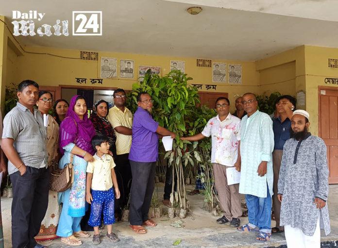হবিগঞ্জের ১৫টি শিক্ষা প্রতিষ্ঠানে ৫'শত ফলজ বৃক্ষ গাছ বিতরণ