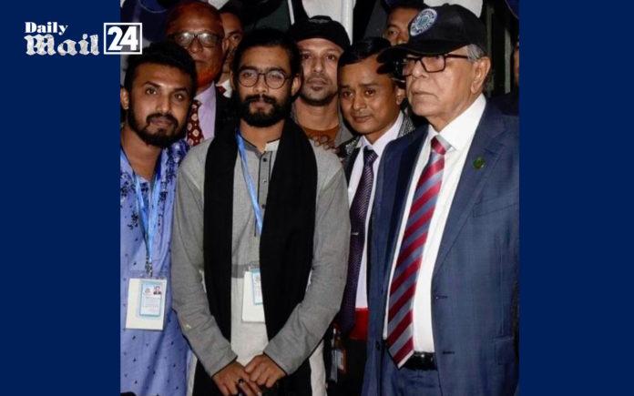 কামরুজ্জামান রাব্বির গানে মুগ্ধরাষ্ট্রপতি আবদুল হামিদ