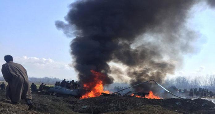 কাশ্মীরে ভারতীয় বিমানবাহিনীর যুদ্ধবিমান বিধ্বস্ত হয়ে নিহত ২