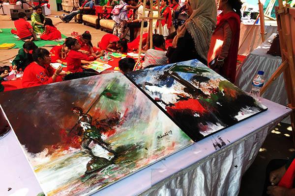 চ্যানেল আই প্রাঙ্গণে স্বাধীনতা দিবসে বরেণ্য শিল্পীদের 'রং-তুলিতে মুক্তিযুদ্ধ'