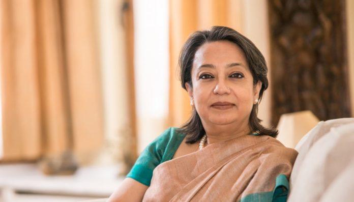 ভারতীয় হাইকমিশনারের দায়িত্ব গ্রহণে ঢাকা পৌঁছেছেন রিভা গাঙ্গুলী
