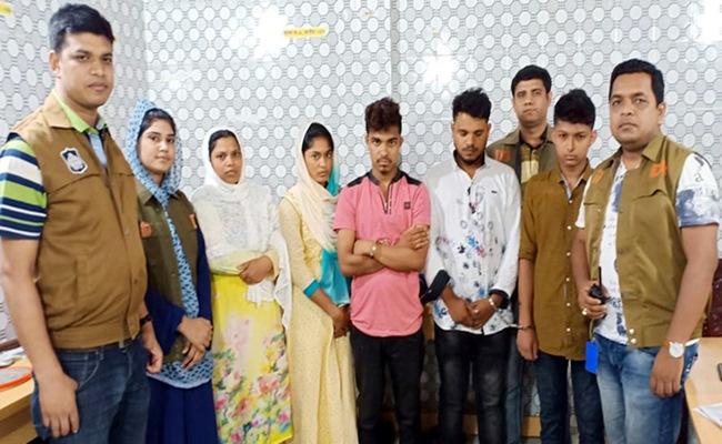 কুমিল্লায় নারীসহ ৪ জন আটক, পেট থেকে সাড়ে ৬ হাজার পিস ইয়াবা উদ্ধার