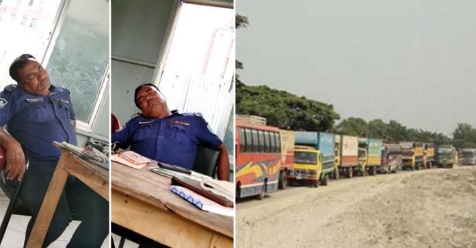 ঢাকা-আরিচা মহাসড়কে তীব্র যানজট, খাবার খেয়ে ঘুমাচ্ছেন ট্রাফিক কর্মকর্তা