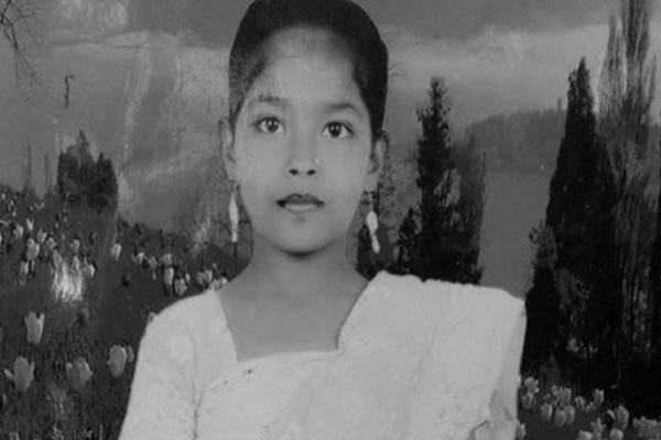 রাত নামলেই পিছু নেয় কিশোরীর আত্মা, সমবয়সি দেখলেই চায় খেলতে