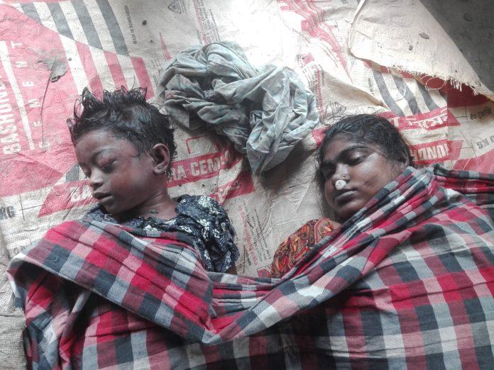 বরগুনায় বাস দূর্ঘটনায় নারী ও শিশুসহ ২ জন নিহত