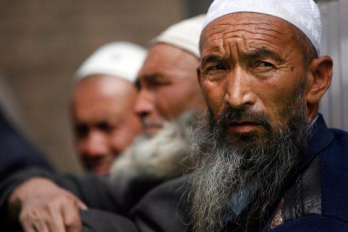 দীর্ঘ ৭০ বছর যাবত ভয়াবহ নির্যাতনের শিকার চীনের উইঘুর মুসলিমরা