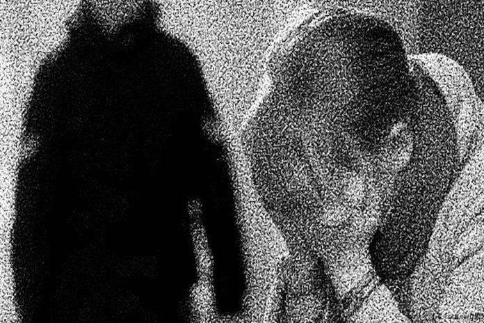 ধর্ষণের যন্ত্রণা সহ্য করতে না পেরে মদ্যপ ছেলেকে হত্যা
