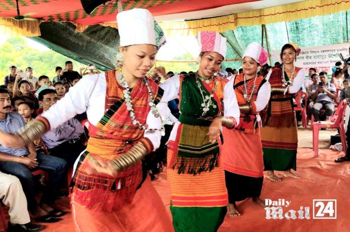 বান্দরবানে তঞ্চঙ্গ্যা সম্প্রদায়ের নবান্ন উৎসব অনুষ্ঠিত