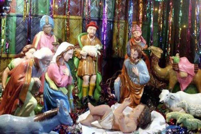 আজ খ্রিষ্ট ধর্মাবলম্বীদের প্রধান ধর্মীয় উৎসব বড়দিন